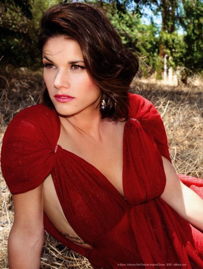 Missy Peregrym hot look