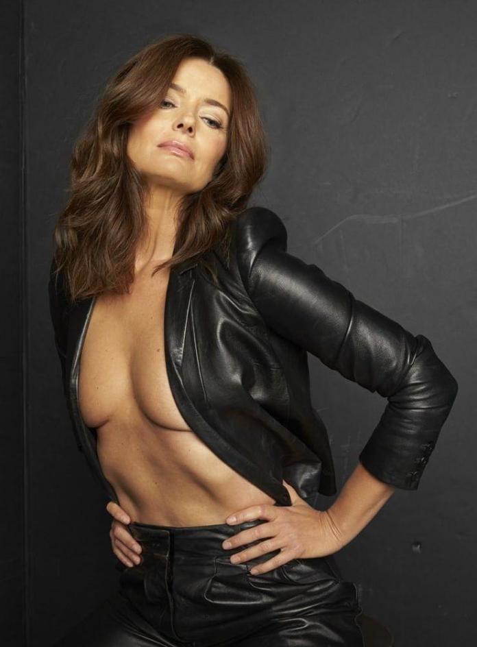 Paulina Porizkova hot