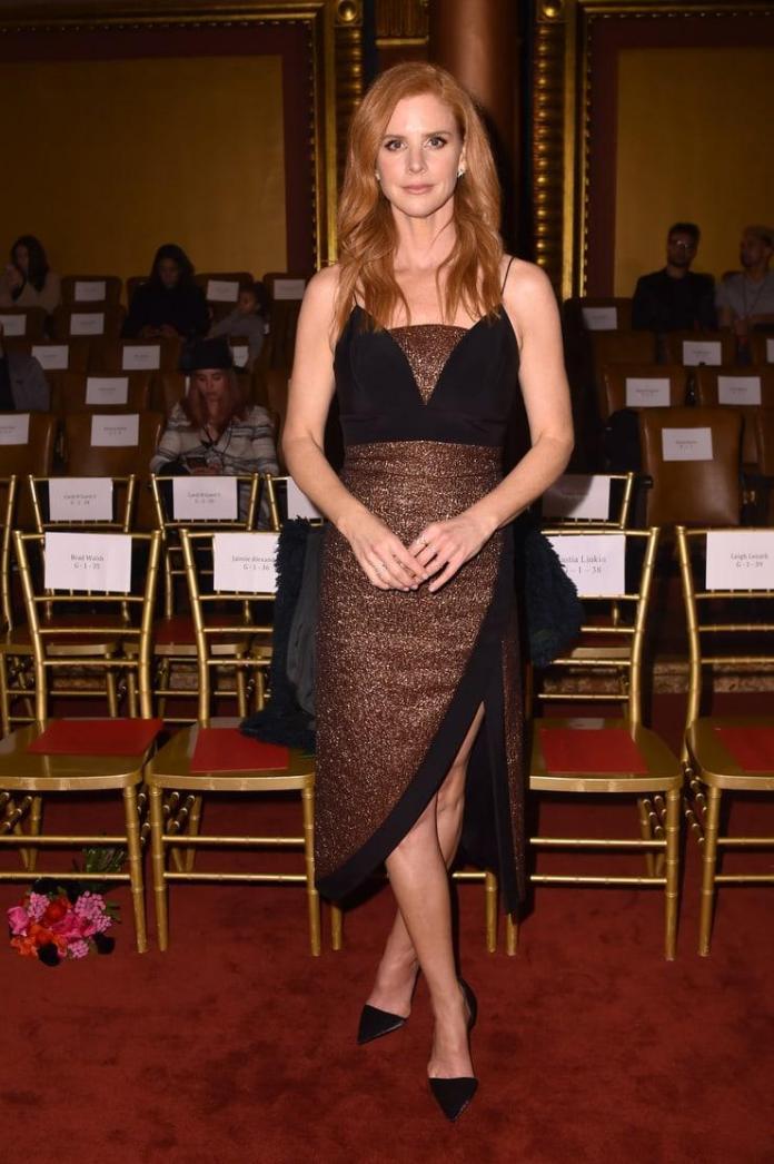 Sarah Rafferty sexy pics