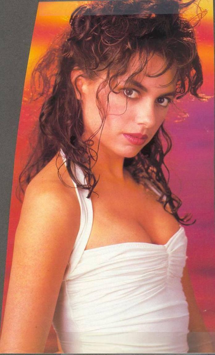 Susanna Hoffs hot