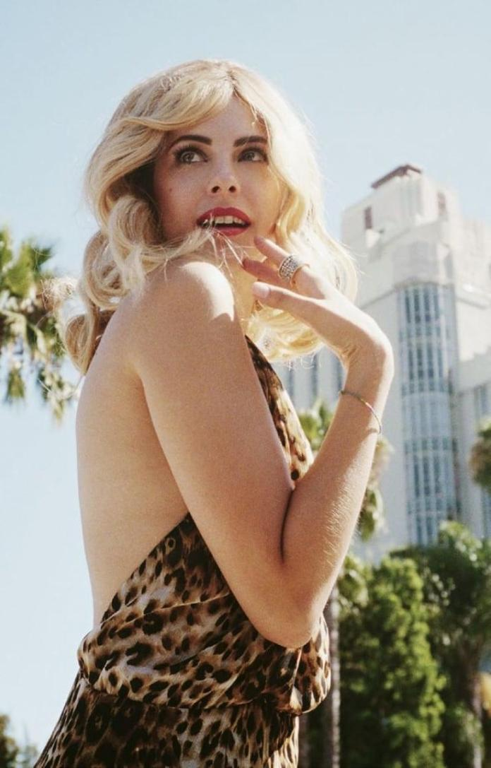 Willa Holland hot