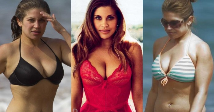 41 Hottest Pictures Of Danielle Fishel