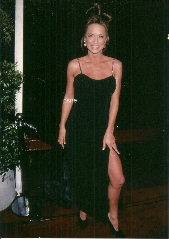 Debbe Dunning hot pic