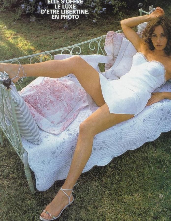 Emmanuelle Béart sexy pics