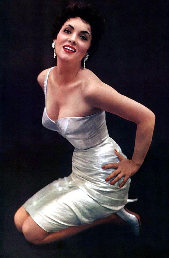 Gina Lollobrigida hot look