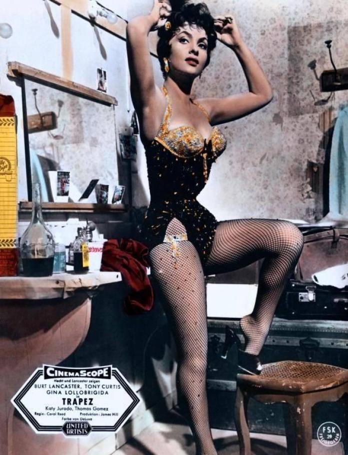 Gina Lollobrigida hot