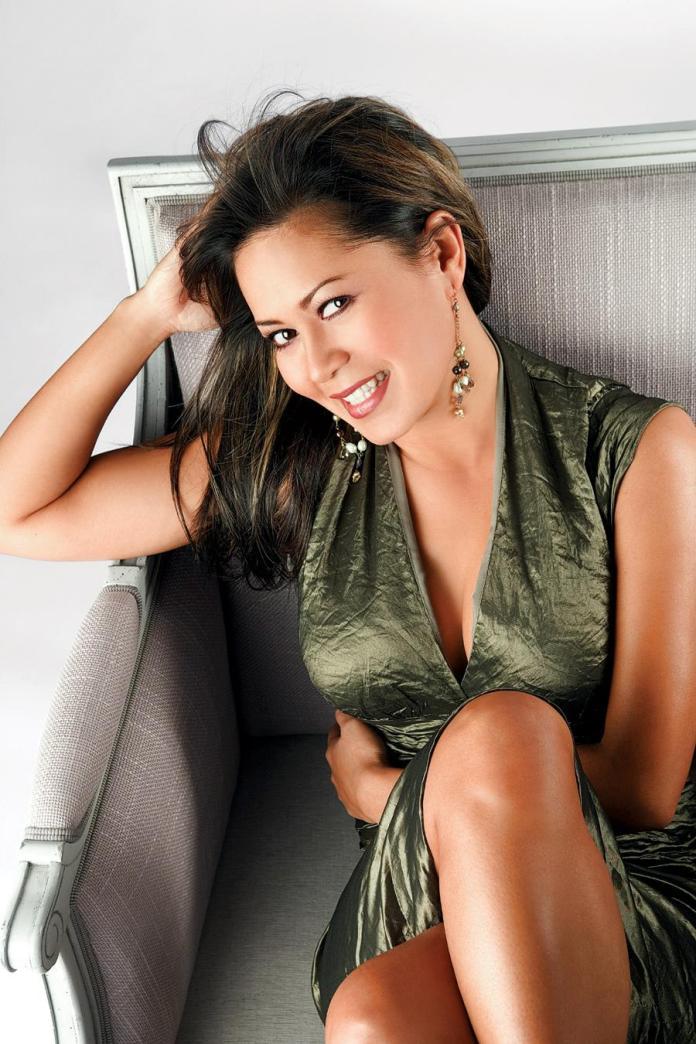 Hazel Mae sexy