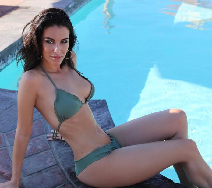 Jessica Lowndes sexy look