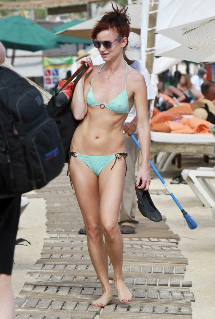Juliette Lewis sexy pics