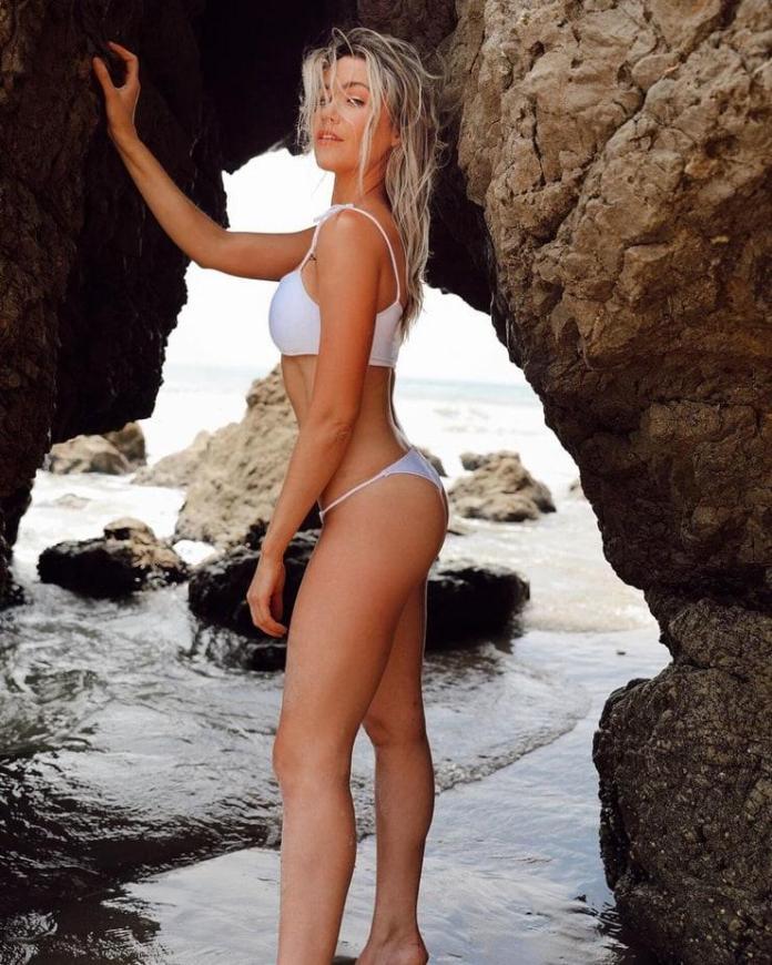 Katrina Bowden sexy pics