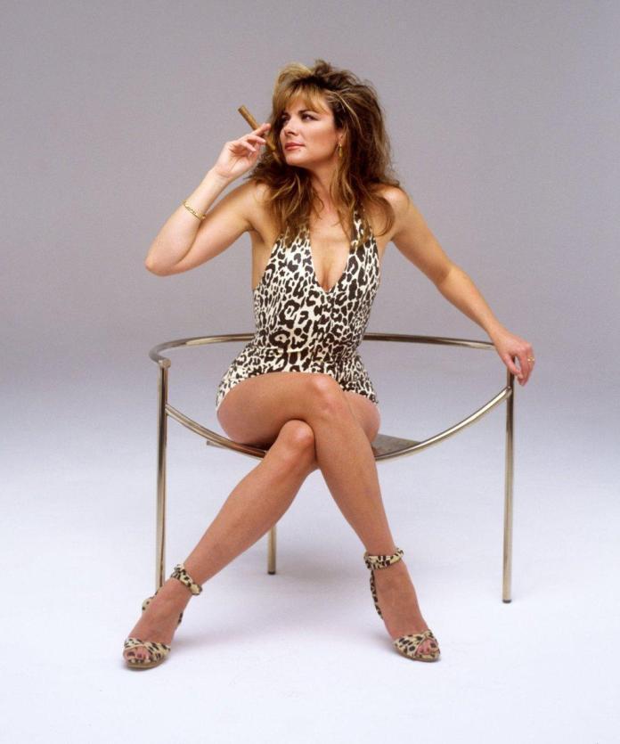 Kim Cattrall sexy pic
