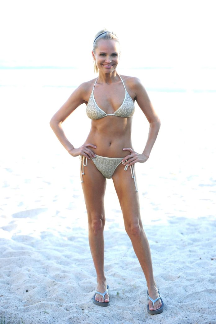 Kristin Chenoweth sexy pic