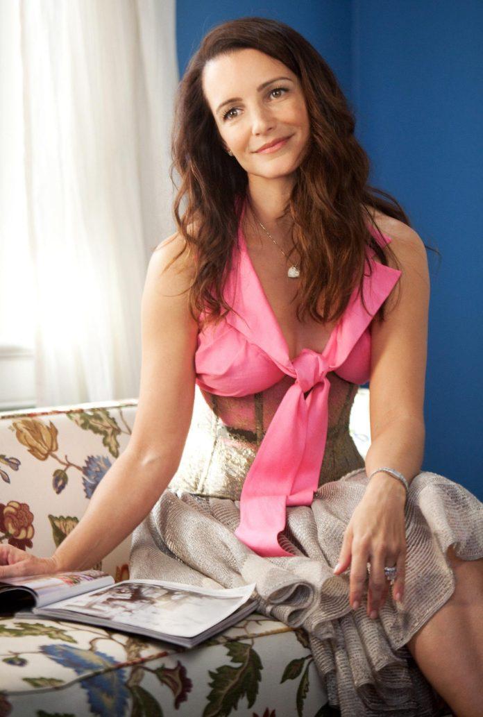 Kristin Davis sexy pics