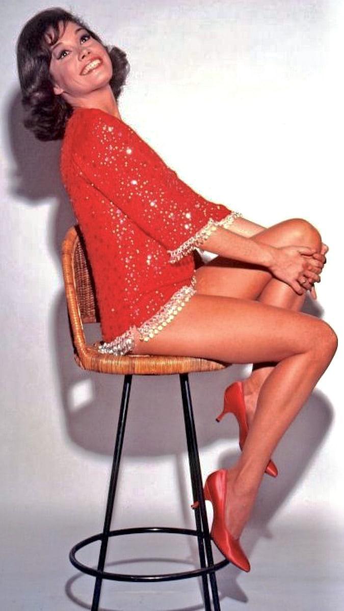 Mary Tyler Moore sexy pics