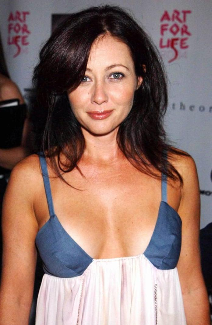 Shannen Doherty hot pic