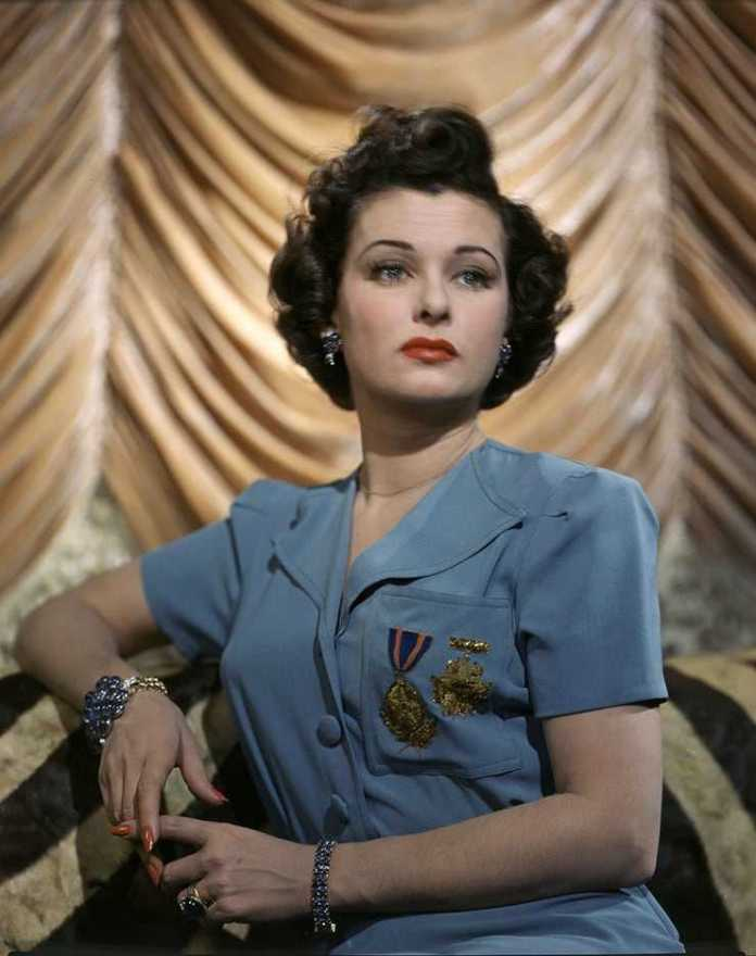 joan bennett gorgeous