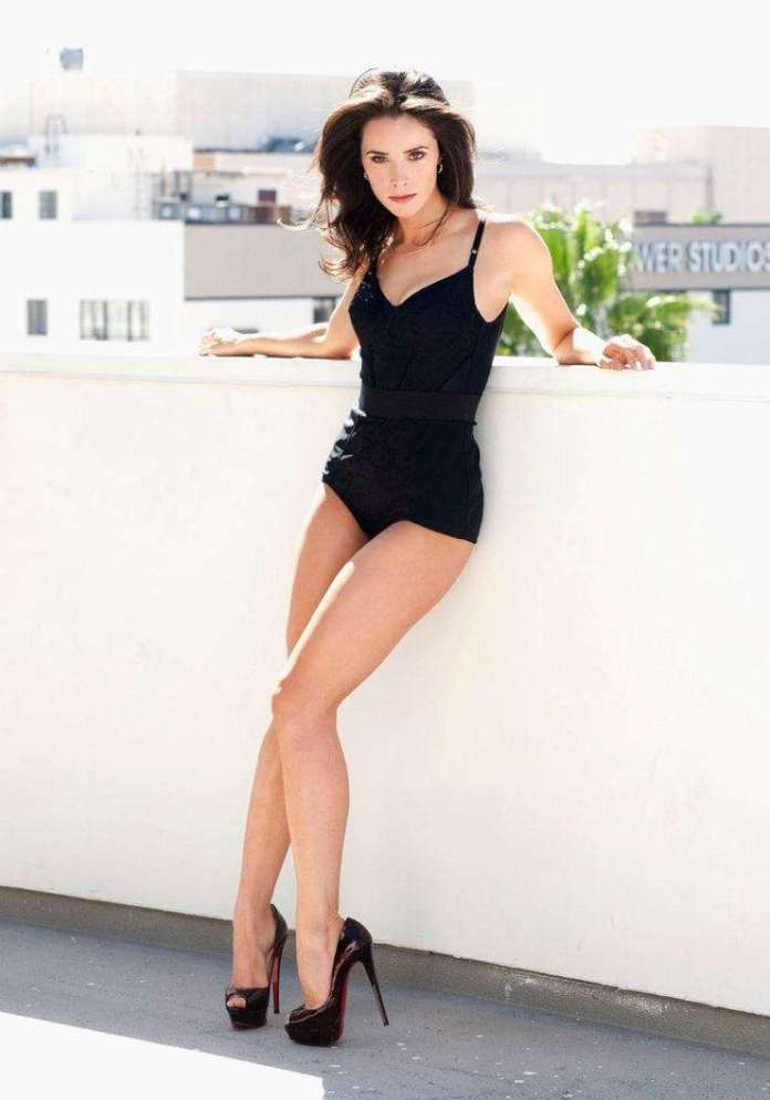 Abigail Spencer hot look pics