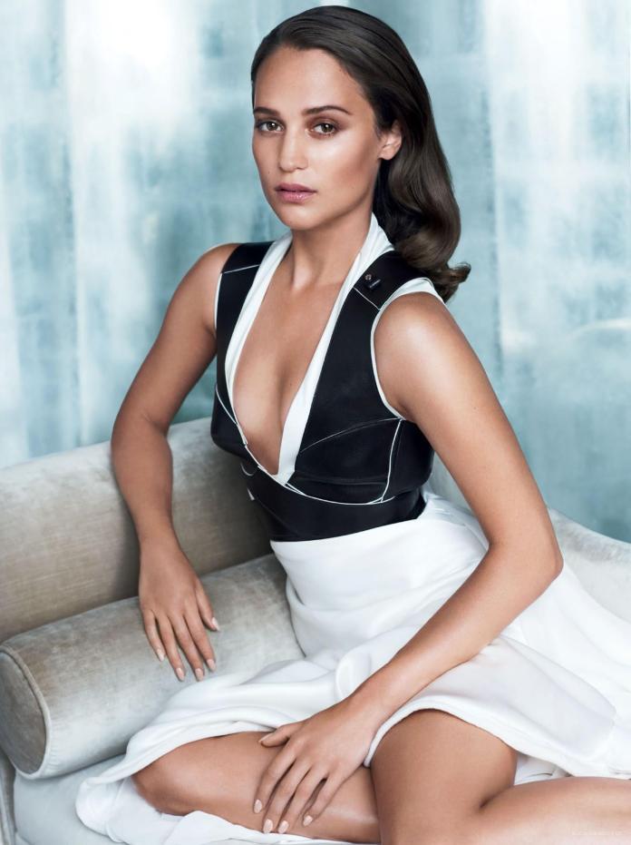 Alicia Vikander sexy pic