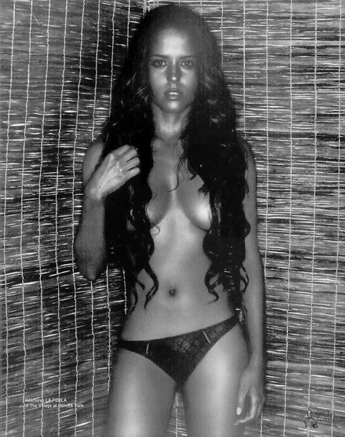 Ana Claudia Talancón naked pics