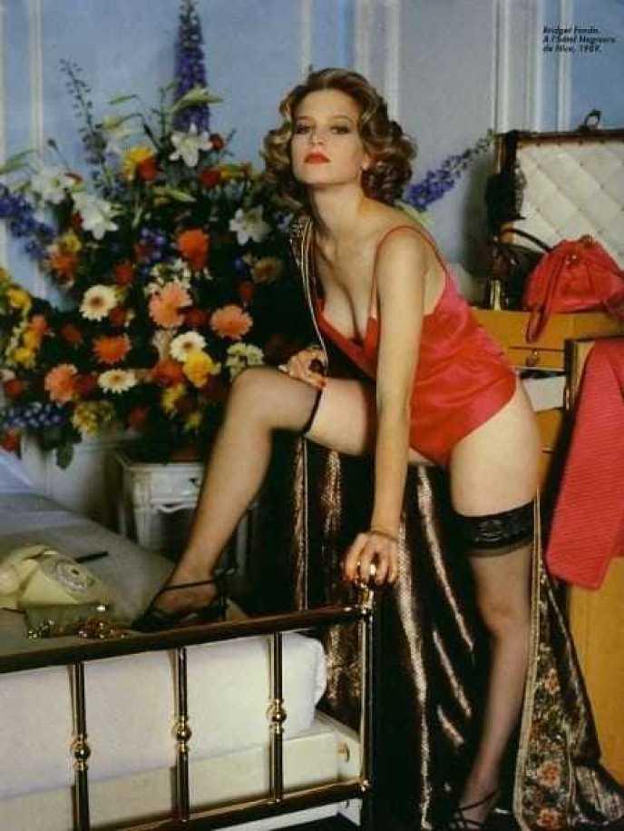 Bridget Fonda lingerie pics