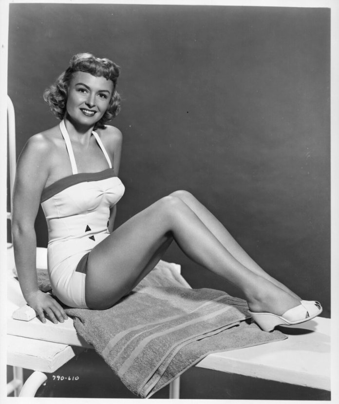 Donna Reed sexy butt pic
