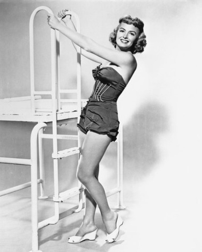Donna Reed sexy pictures