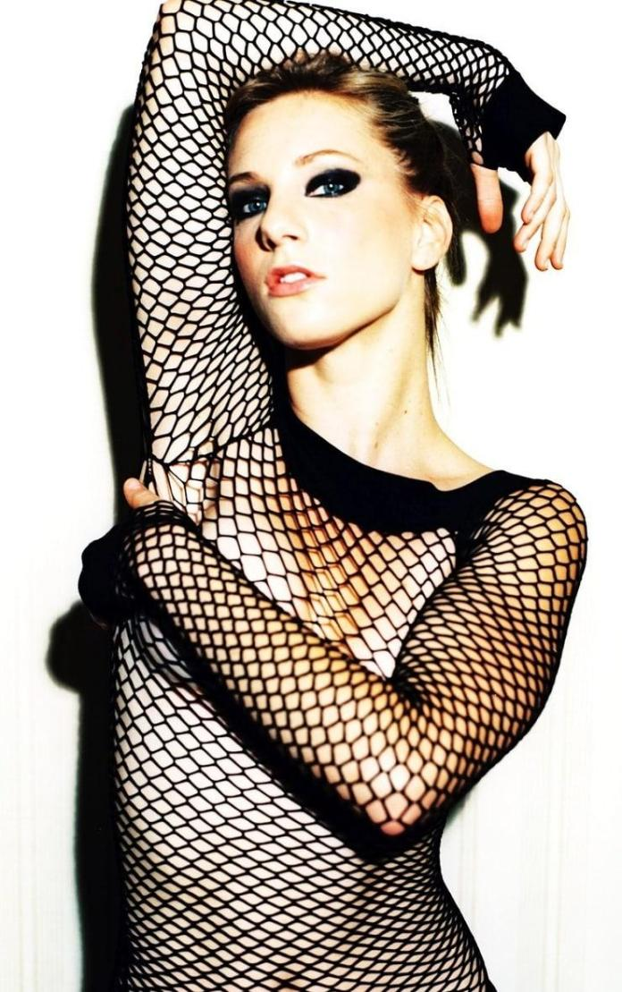 Heather Morris boobs pics