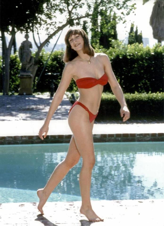 Jamie Lee Curtis hot bikini pic