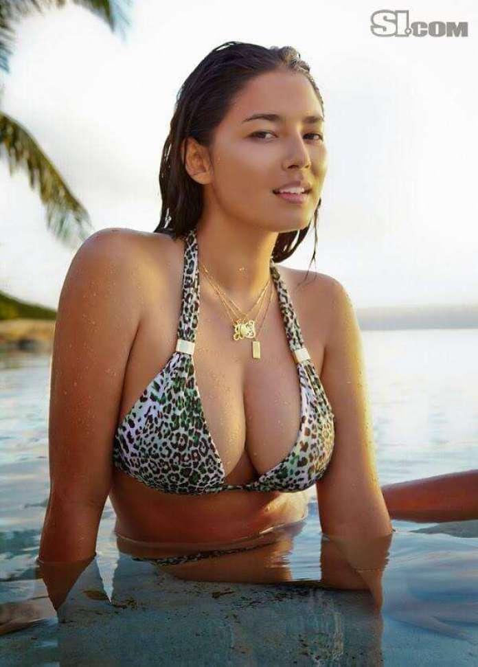 Jessica Gomes boobs pic