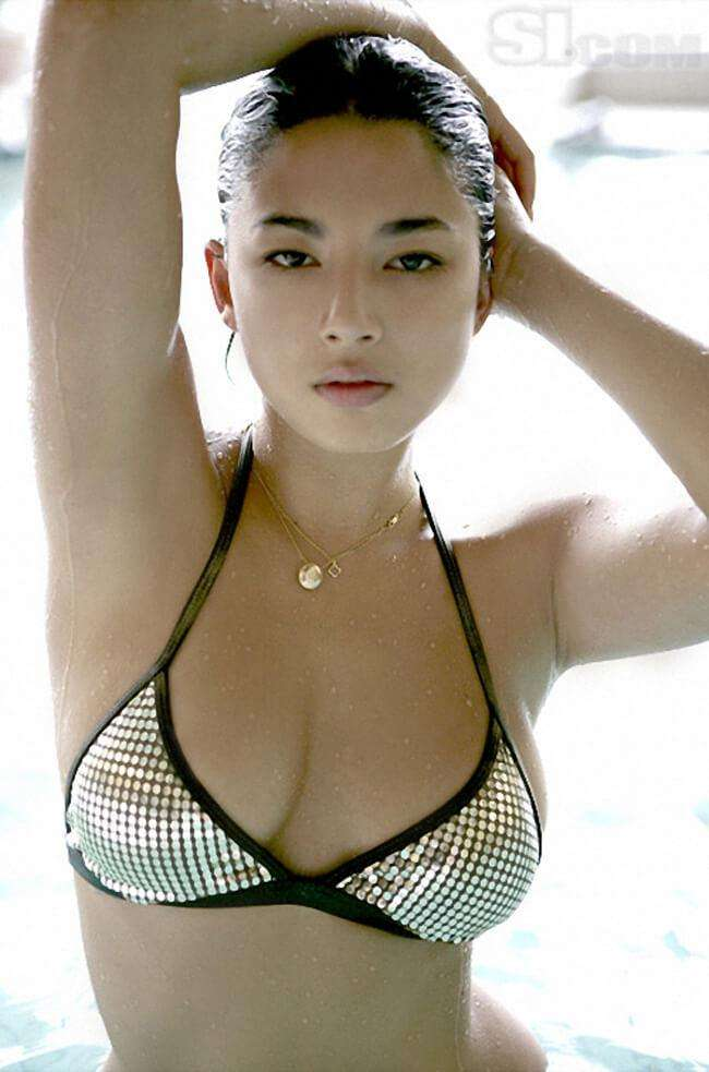 Jessica Gomes hot look pics