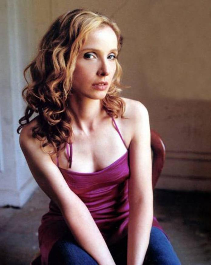 Julie Delpy hot