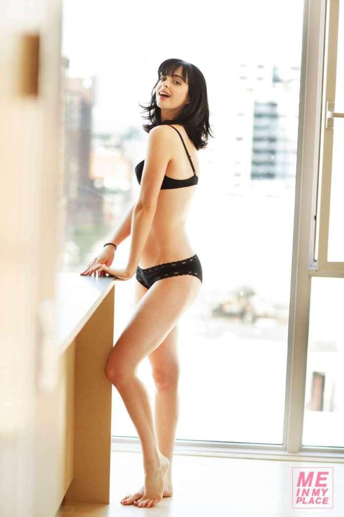 Krysten Ritter sexy ass pics