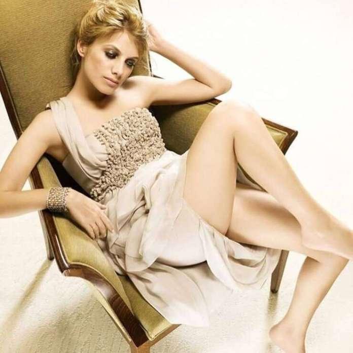 Mélanie Laurent hot look pics