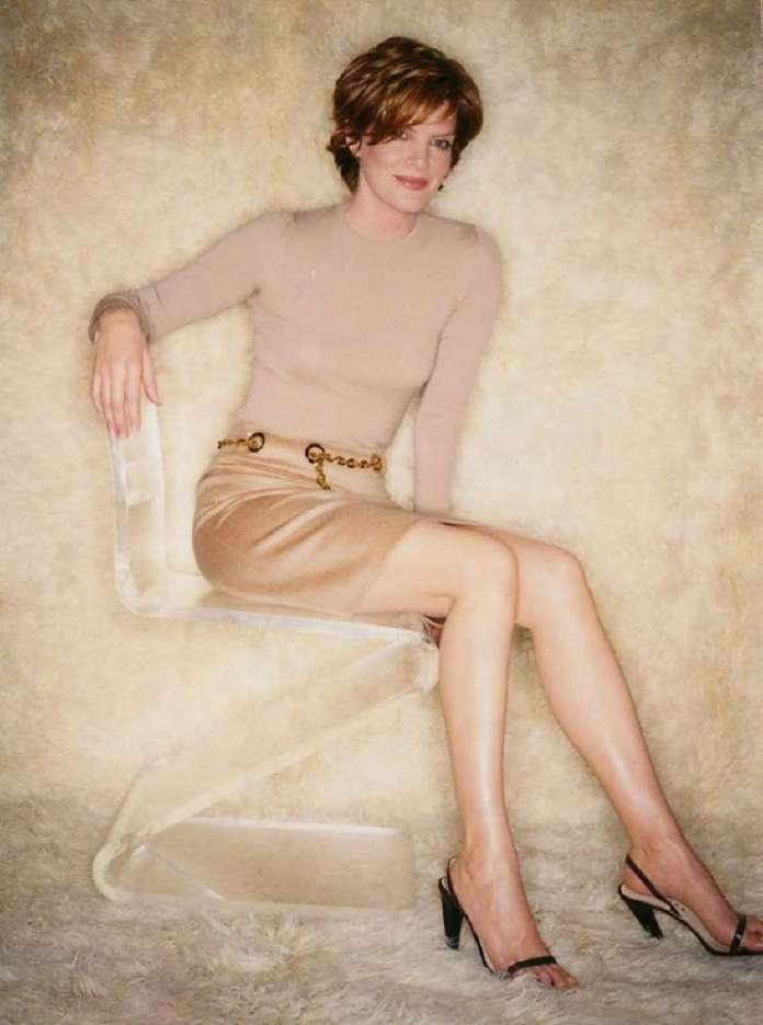 Rene Russo hot pic