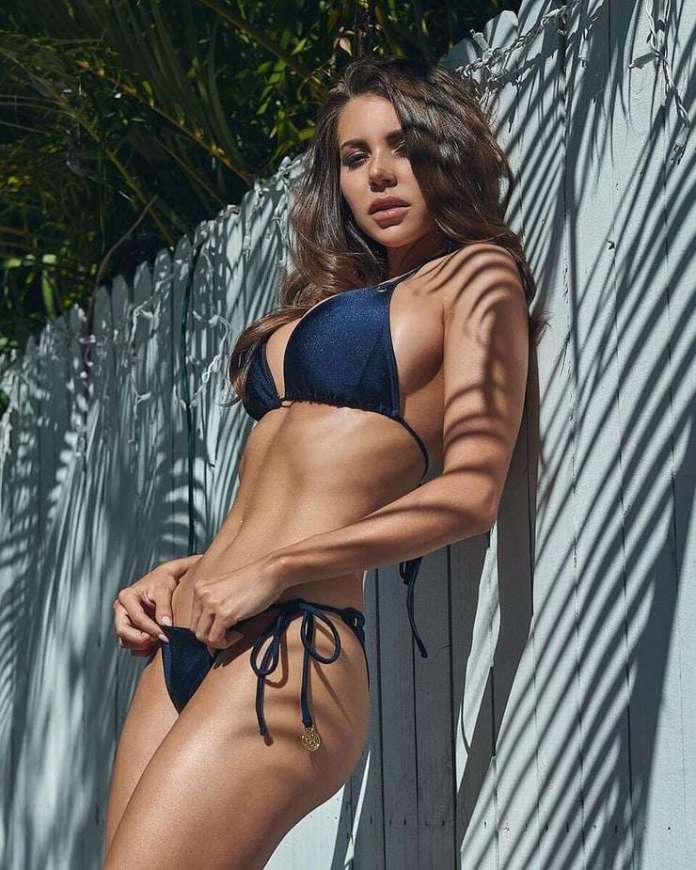 Shelby Chesnes sexy pics