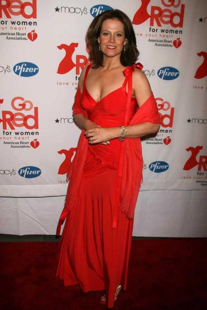 Sigourney Weaver sexy red dress pics