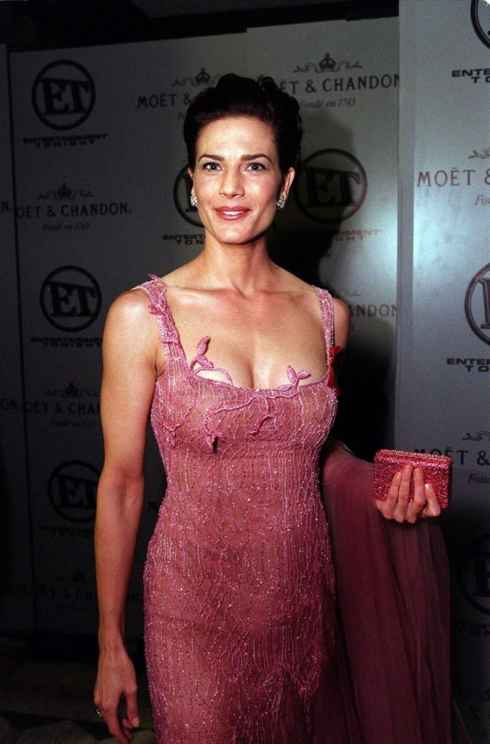 Terry Farrell busty look