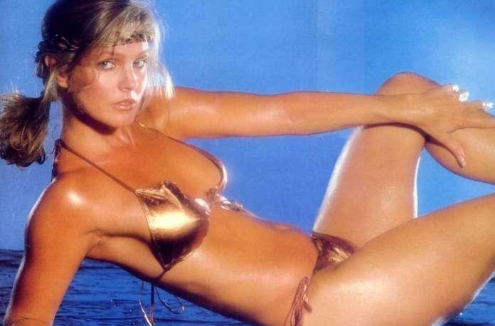 Priscilla Presley hot