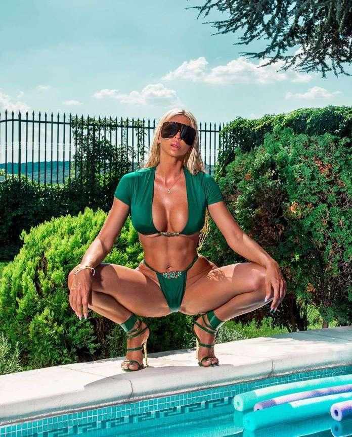 Jelena Karleuša sexy pic