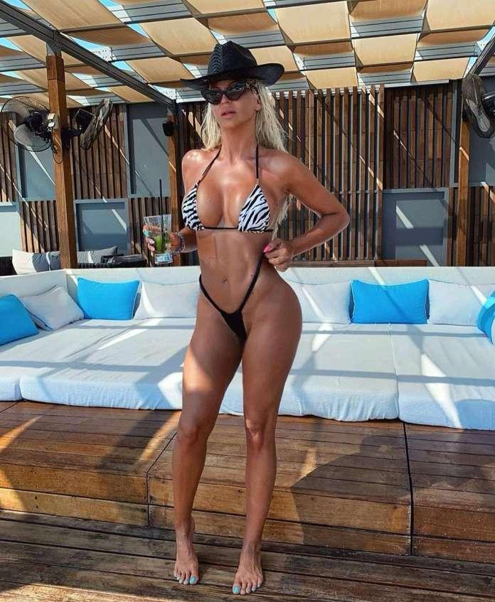 Jelena Karleuša sexy