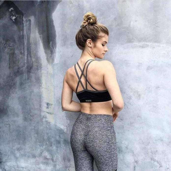Jenna Boyd hot pics