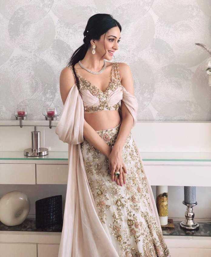 Kiara Advani hot looks