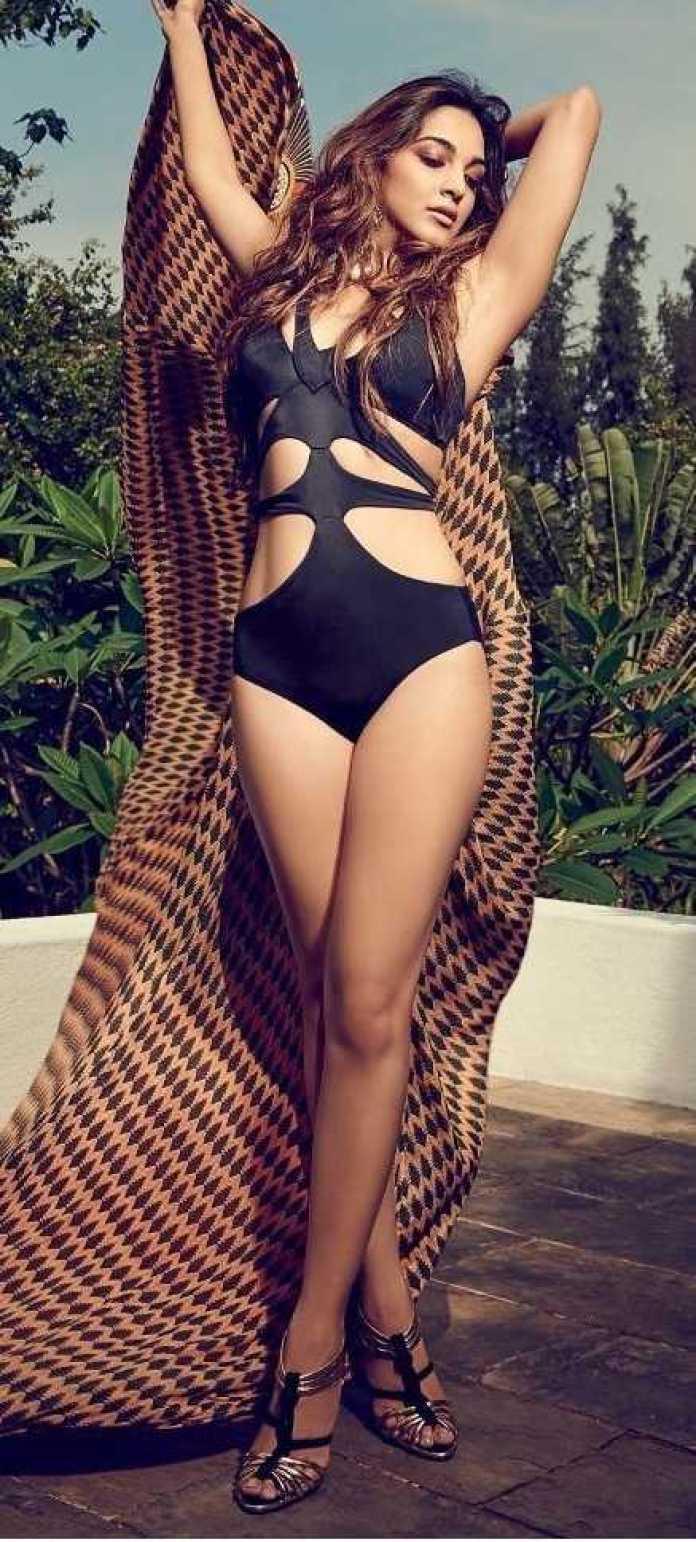 Kiara Advani sexy legs