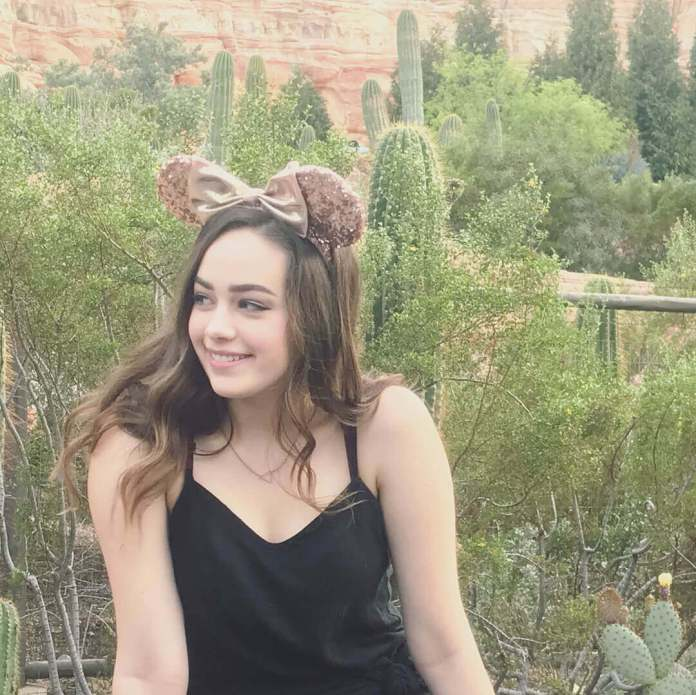 Mary Mouser hot boobs