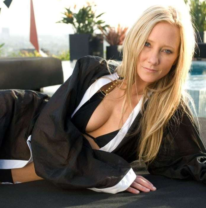 Anne Heche sexy pic