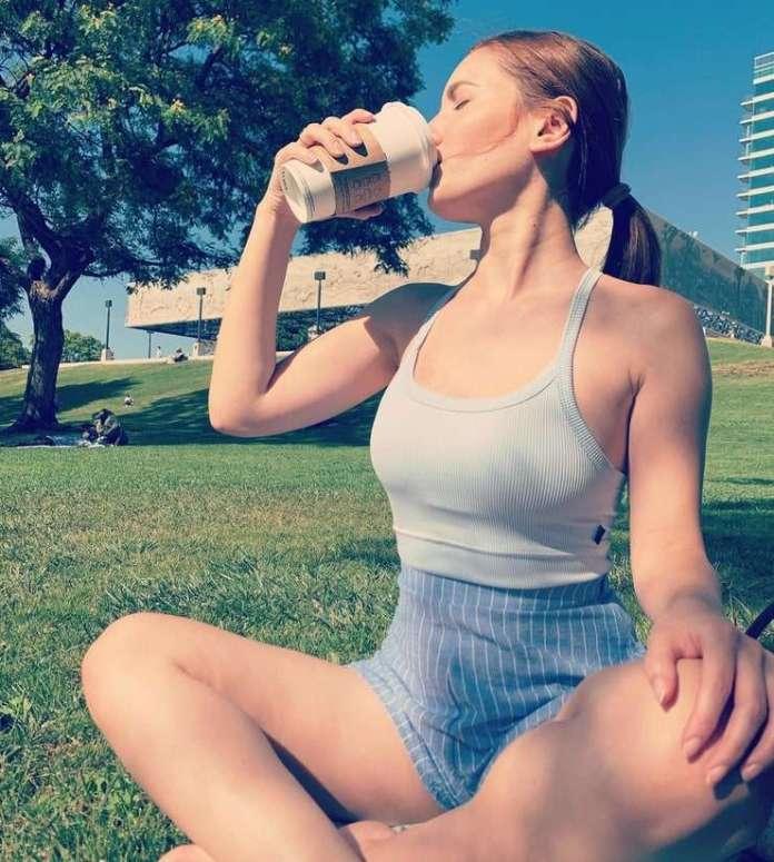 Ivana Baquero sexy look
