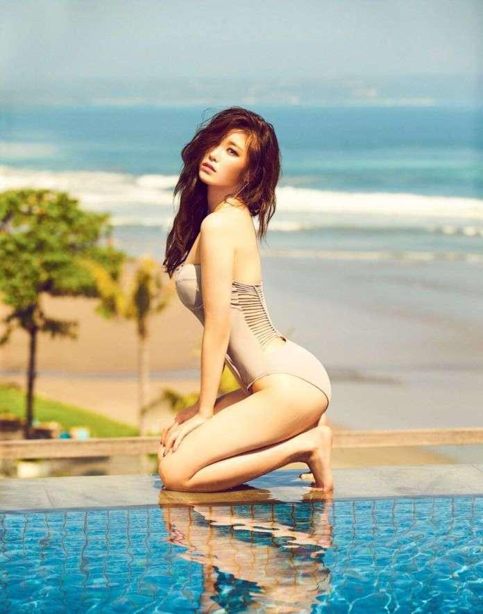 Jun Hyo-Seong sexy pic
