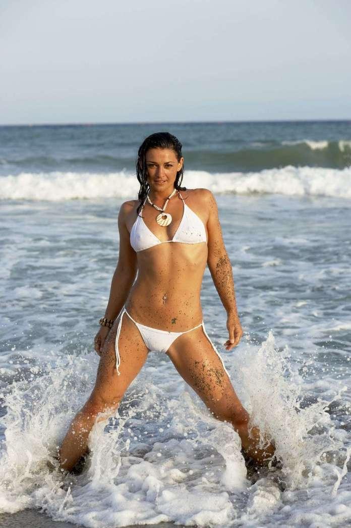 Natalie J. Robb hot
