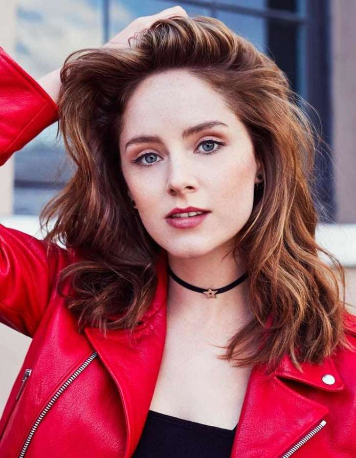 Sophie Rundle hot look
