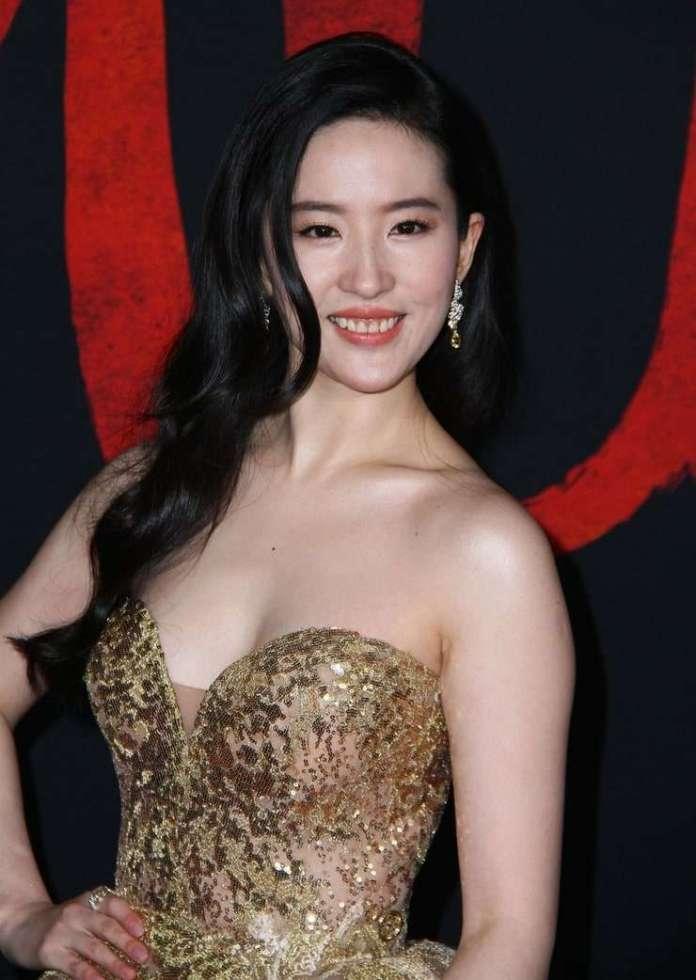 Yifei Liu sexy pics
